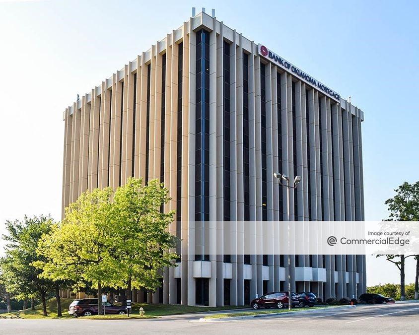 Copper Oaks Office Complex - 7060 South Yale Avenue