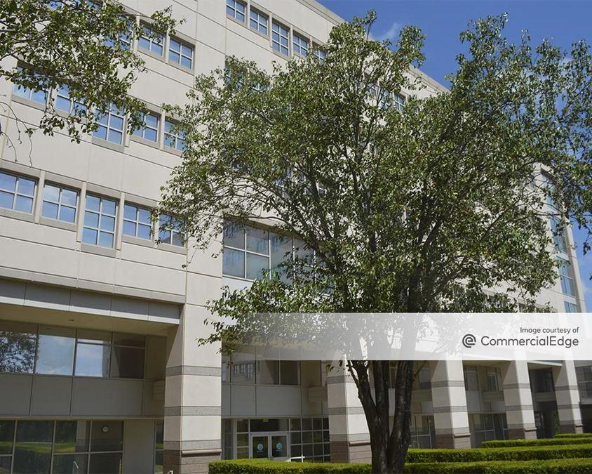 Broadmoor Austin - Building 2