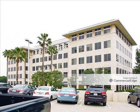 1 & 2 Venture Plaza - Irvine