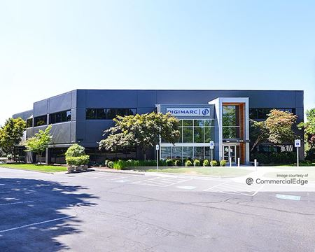 Creekside Corporate Park - 9405 SW Gemini Drive - Beaverton