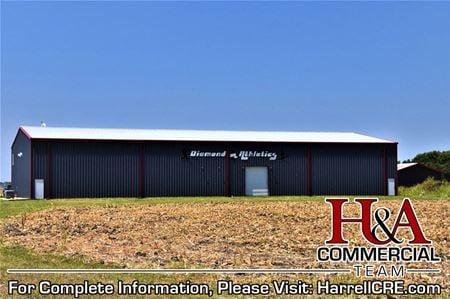 13,200 SF Office/Warehouse on North Highway 6 - Waco