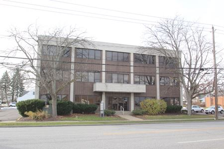 5706 Turney Rd - Cleveland