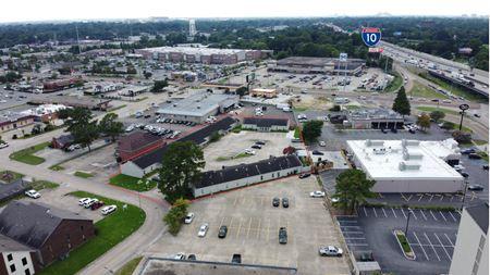 4521 Jamestown Avenue - Baton Rouge