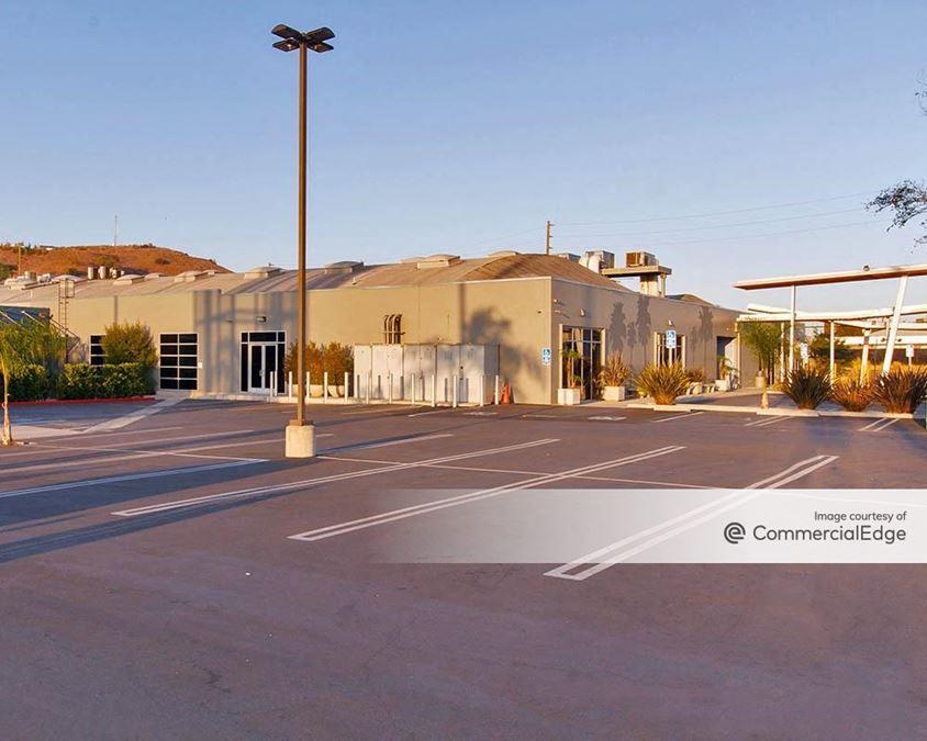 Jefferson Creative Campus - 5880 & 5890 Jefferson Blvd
