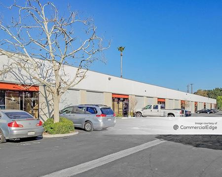Lassen Business Center - Chatsworth