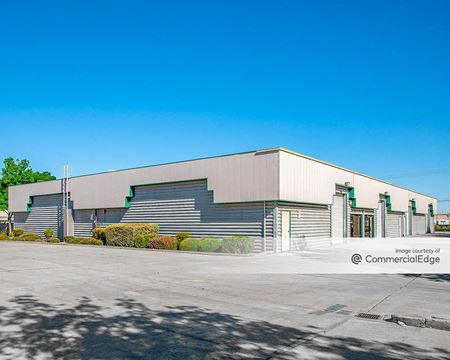 Marco Business Center - 300 & 320 West Larch Road - Tracy