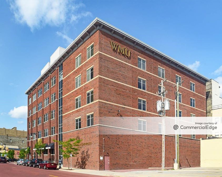 200 Ionia Avenue SW