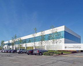 Irwindale Executive Plaza - 5200-5240 North Irwindale Avenue