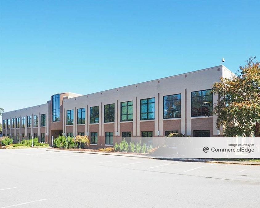 University Place - Buildings 400-800