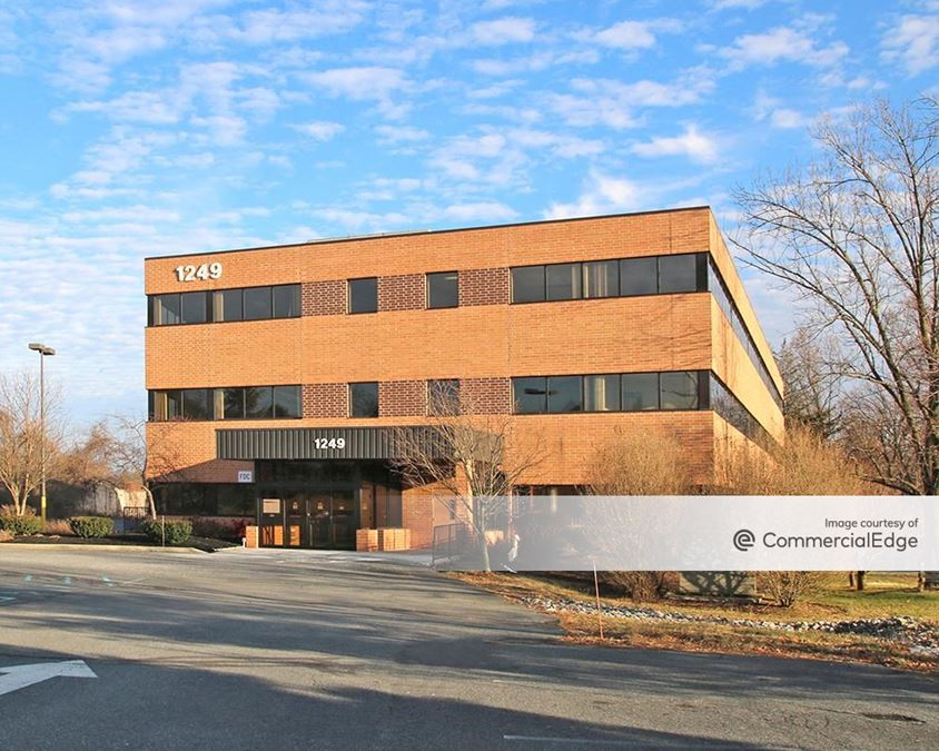 Cedar Crest Professional Park - 1249 South Cedar Crest Blvd