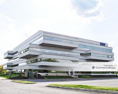 270 Corporate Center - 20251 Century Blvd - Germantown