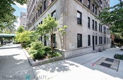 9 Prospect Park West - Brooklyn