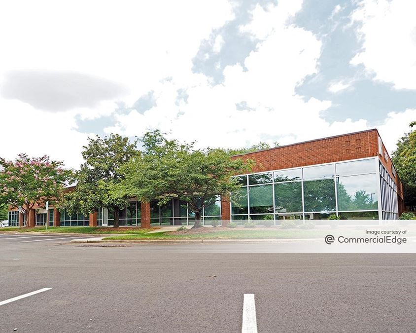 University Executive Park - 8301-8430 University Executive Park Drive