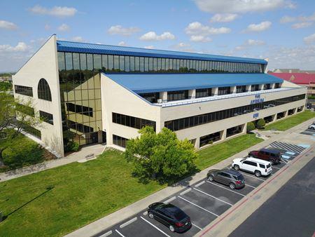 Atrium at Coulter Ridge- 6900 I-40 West - Amarillo