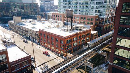 1035 W Lake St - Chicago