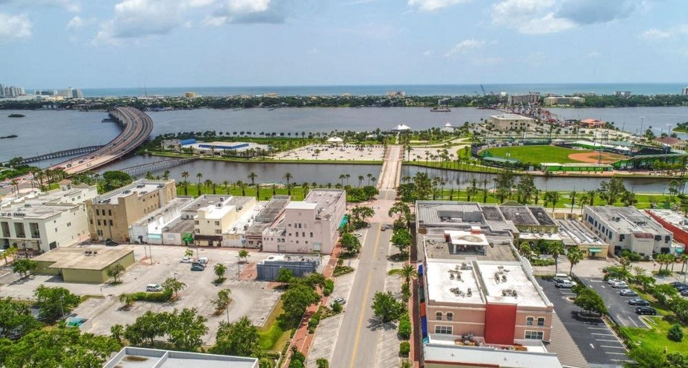 Downtown Daytona Beach - Office Building For Sale or Lease