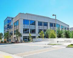 Britannia East Grand: Genentech Headquarters - South Campus - Building 43 - South San Francisco