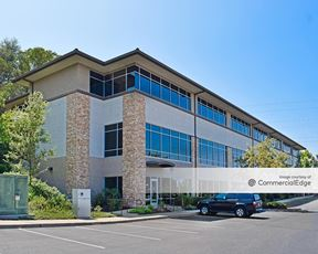 North Sunrise Professional Center - 568 North Sunrise Avenue