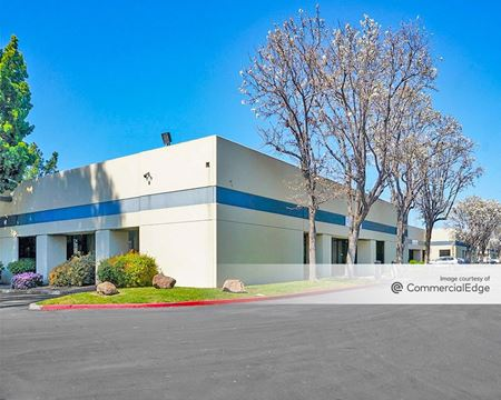 990 Richard Ave - Santa Clara