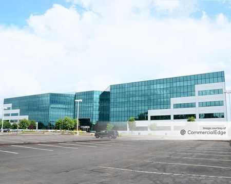 Omega Corporate Center - Pittsburgh
