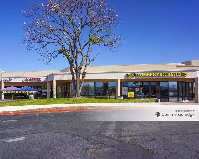Tri-City Redlands Shopping Center