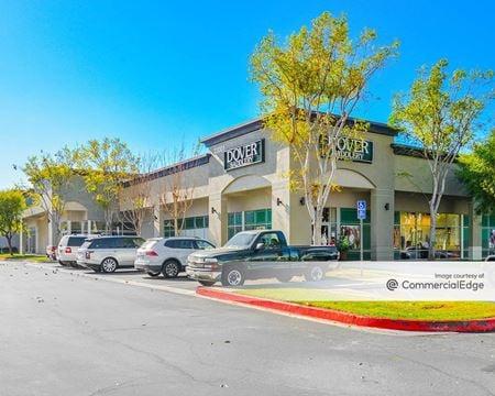 Plaza Del Lago - Laguna Hills