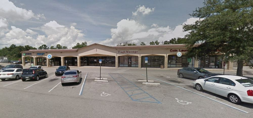 Cross Creek Shopping Center