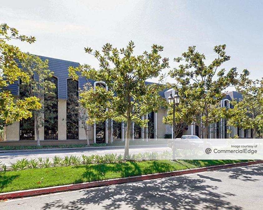 Cerritos Professional Center