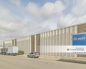 Freeway Industrial Center- Bldg B