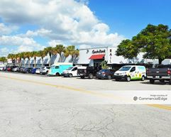 Rail 71 Plaza - Miami