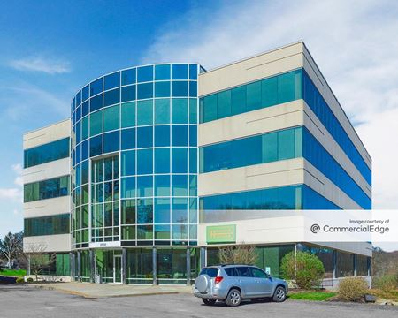 Franklin Park Corporate Center - 2100 Corporate Drive - Wexford
