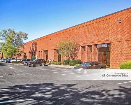 Gwinnett Progress Center - 300, 305 Petty Road & 675, 825 Progress Center Avenue - Lawrenceville