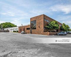 705 SW 10th Street - Blue Springs