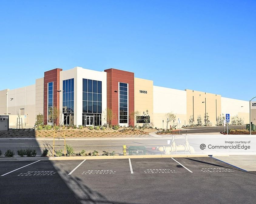 Majestic Freeway Business Center - Building 6