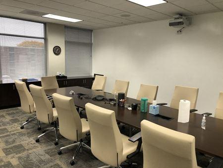 Kenwood Corporate Center - Cincinnati