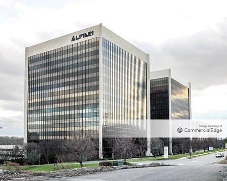 Metropark Corporate Campus - 379 Thornall Street - Edison