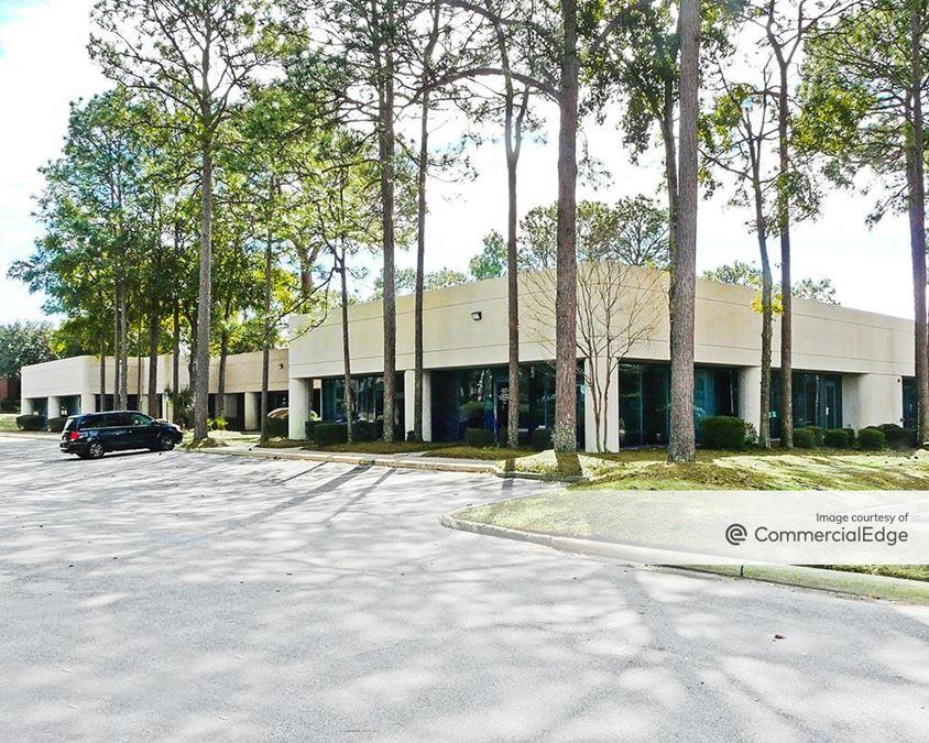 Corporate Woods - 2114 Airport Blvd