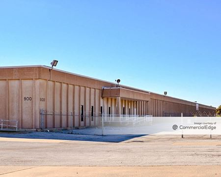 900 Terminal Road - Fort Worth