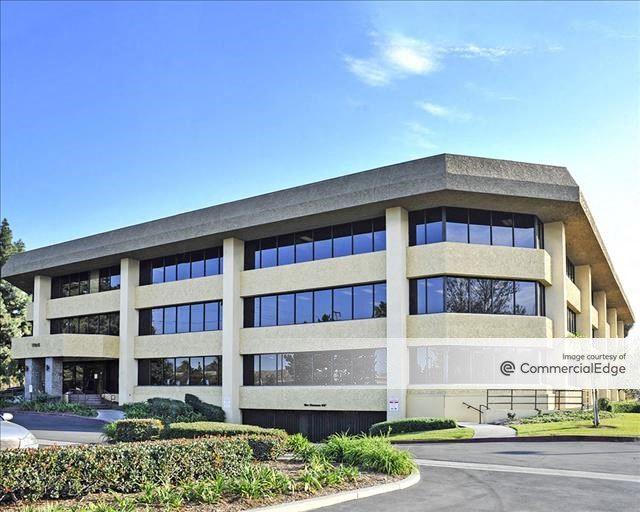 Avanti Business Center