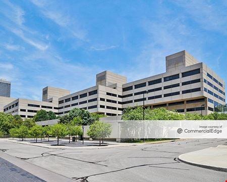 Crown Center (2400) - Kansas City