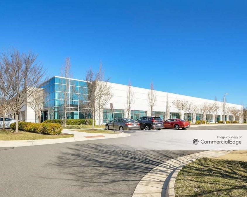 Sterling Park Business Center - 22370 Davis Drive