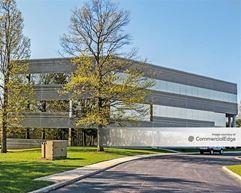 Woodland Falls Corporate Park - Cherry Hill