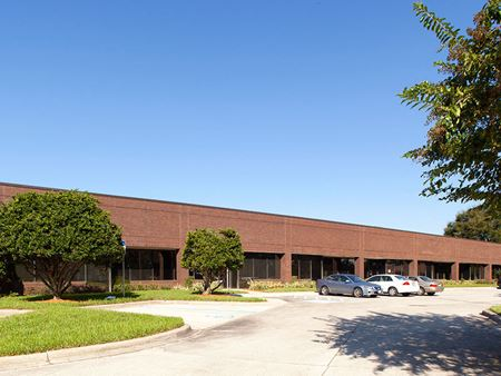 Lakepointe Business Park - 6 - Jacksonville