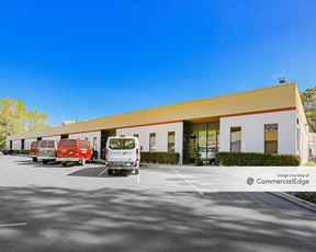 Torrey Pines Business Center
