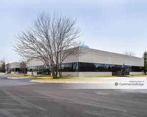 Lisle Business Center - 2200 Western Court - Lisle
