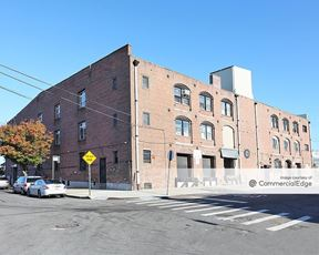 106 Ferris Street