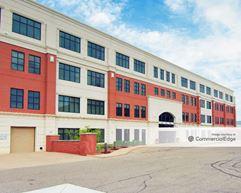 Asset Acceptance Building - Warren