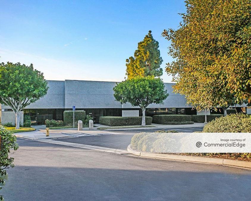 Carlsbad Commerce Center