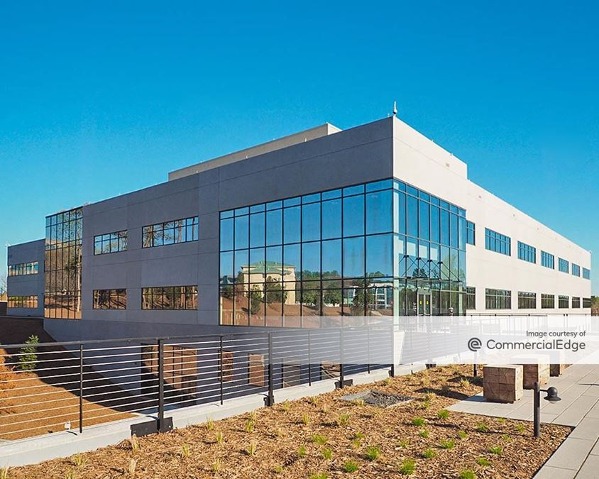 Lakepointe Corporate Center - Sealed Air Headquarters III
