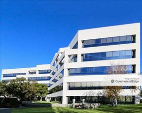 The Courtyard at Corporate Point - 300 Corporate Pointe - Culver City